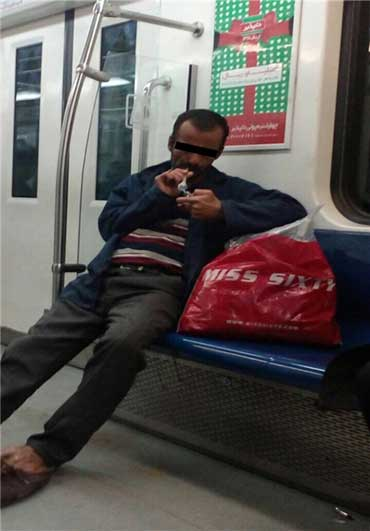 مصرف شیشه در مترو تهران + عکس , اجتماعی