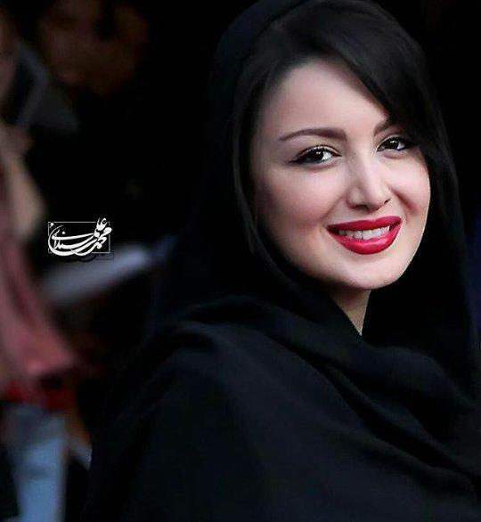http://s6.picofile.com/file/8224088634/www_bartarpix_ir_shila_khodadad_8_.jpg