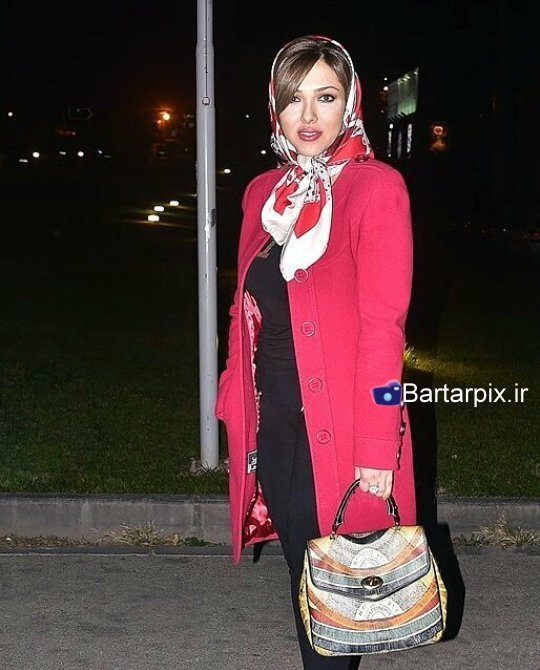 http://s6.picofile.com/file/8224505550/www_bartarpix_ir_lilaotadi_sara_monjezi_8_.jpg