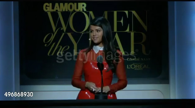دانلود صحبت های سلنا در مراسم Glamour 2015