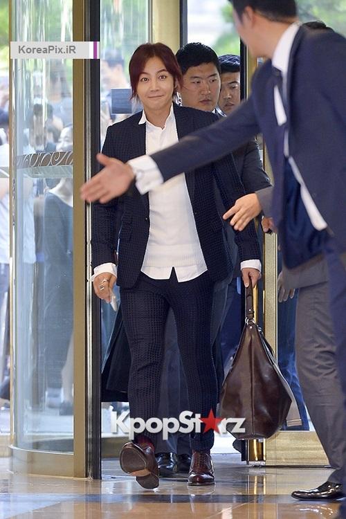 حضور جانگ گئون سوک در مراسم سالگرد فروشگاه L' inoui 2
