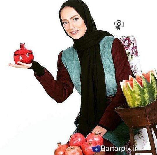 http://s6.picofile.com/file/8229242150/www_bartarpix_ir_sab_yalda_94_18_.jpg