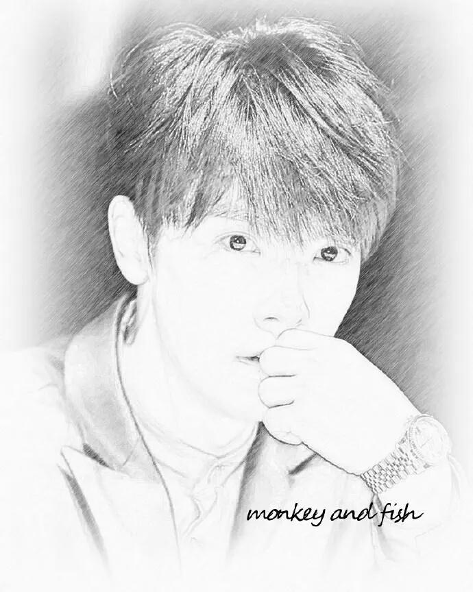 http://s6.picofile.com/file/8229291118/Donghae_7_.jpg