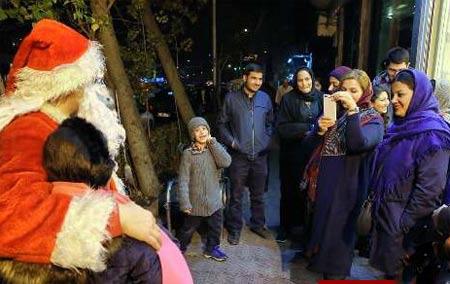 بابانوئل ایرانی در خیابان های تهران +عکس , جالب وخواندنی