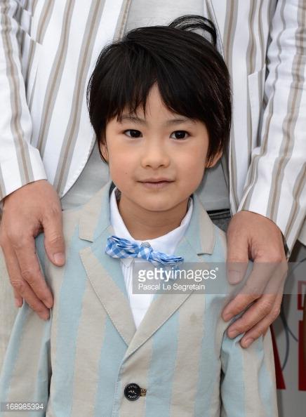 دانلود فیلم ژاپنی پسر کو ندارد نشان از پدر