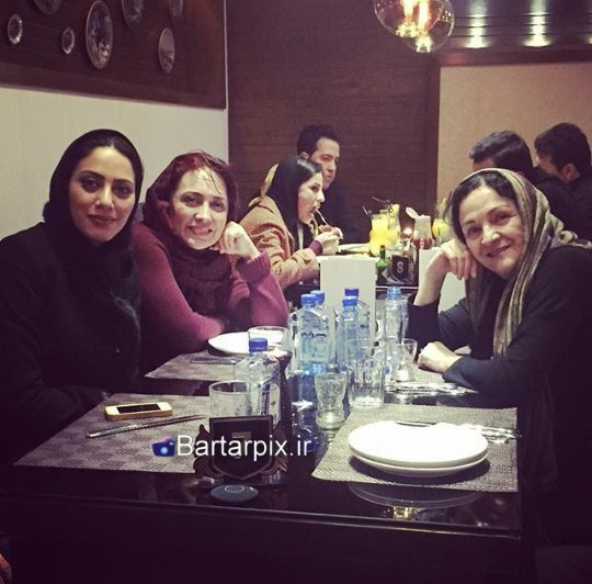 http://s6.picofile.com/file/8235369634/www_bartarpix_ir_mona_farjad.jpg