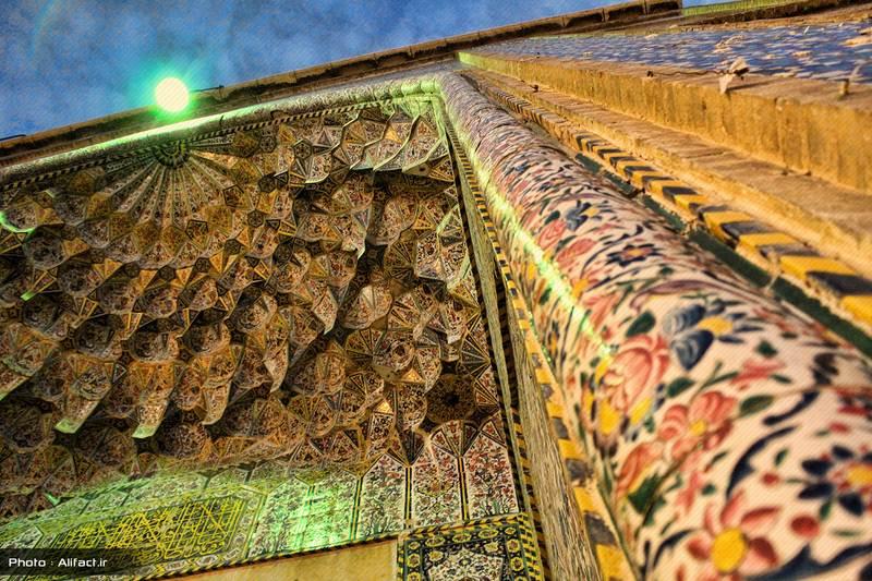 سر در مسجد وکیل - شیراز