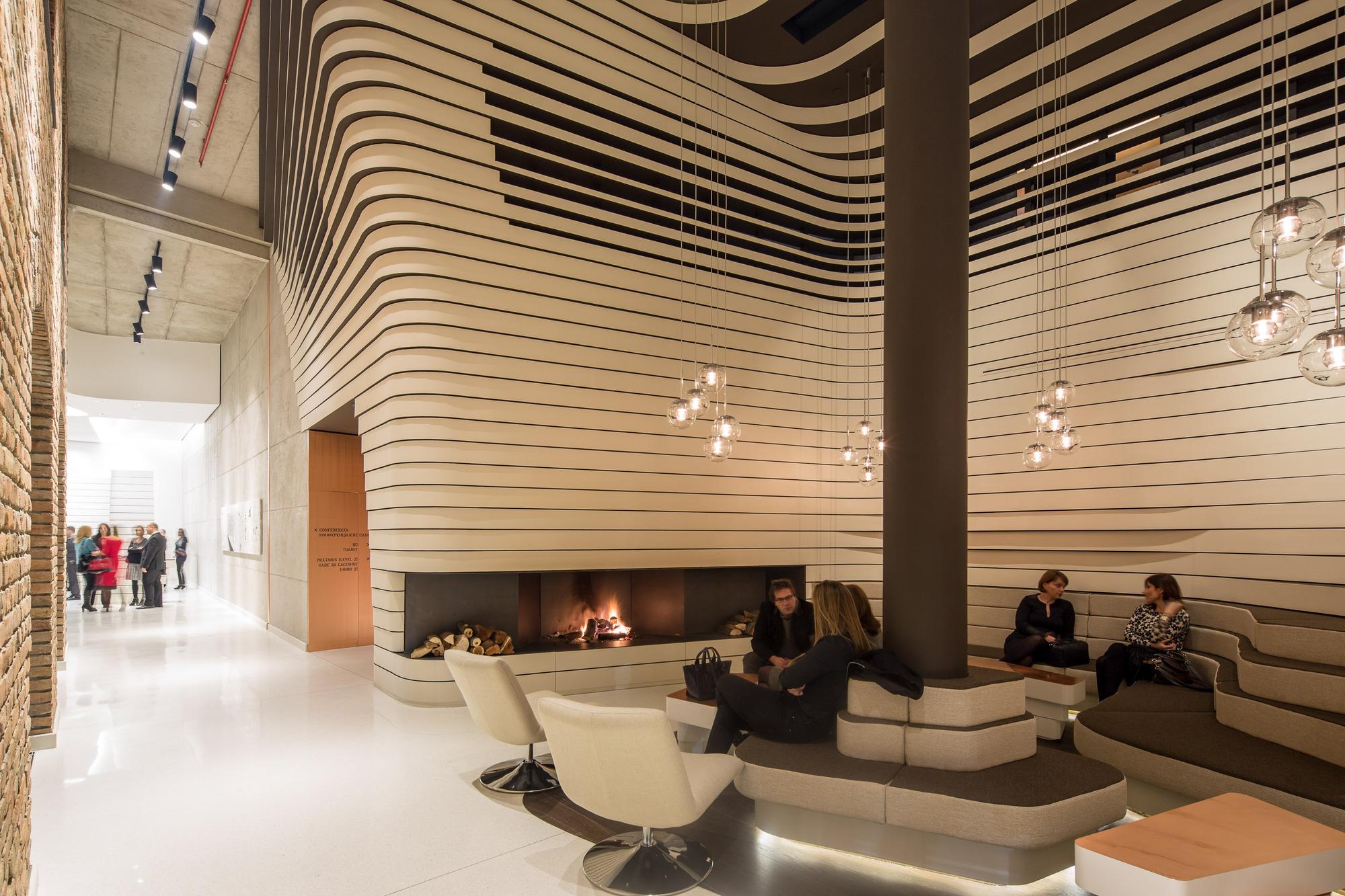 تبدیل ساختمان به هتل