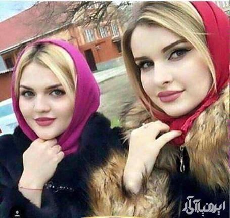 عکس دختر و مادر روسی شبیه به هم