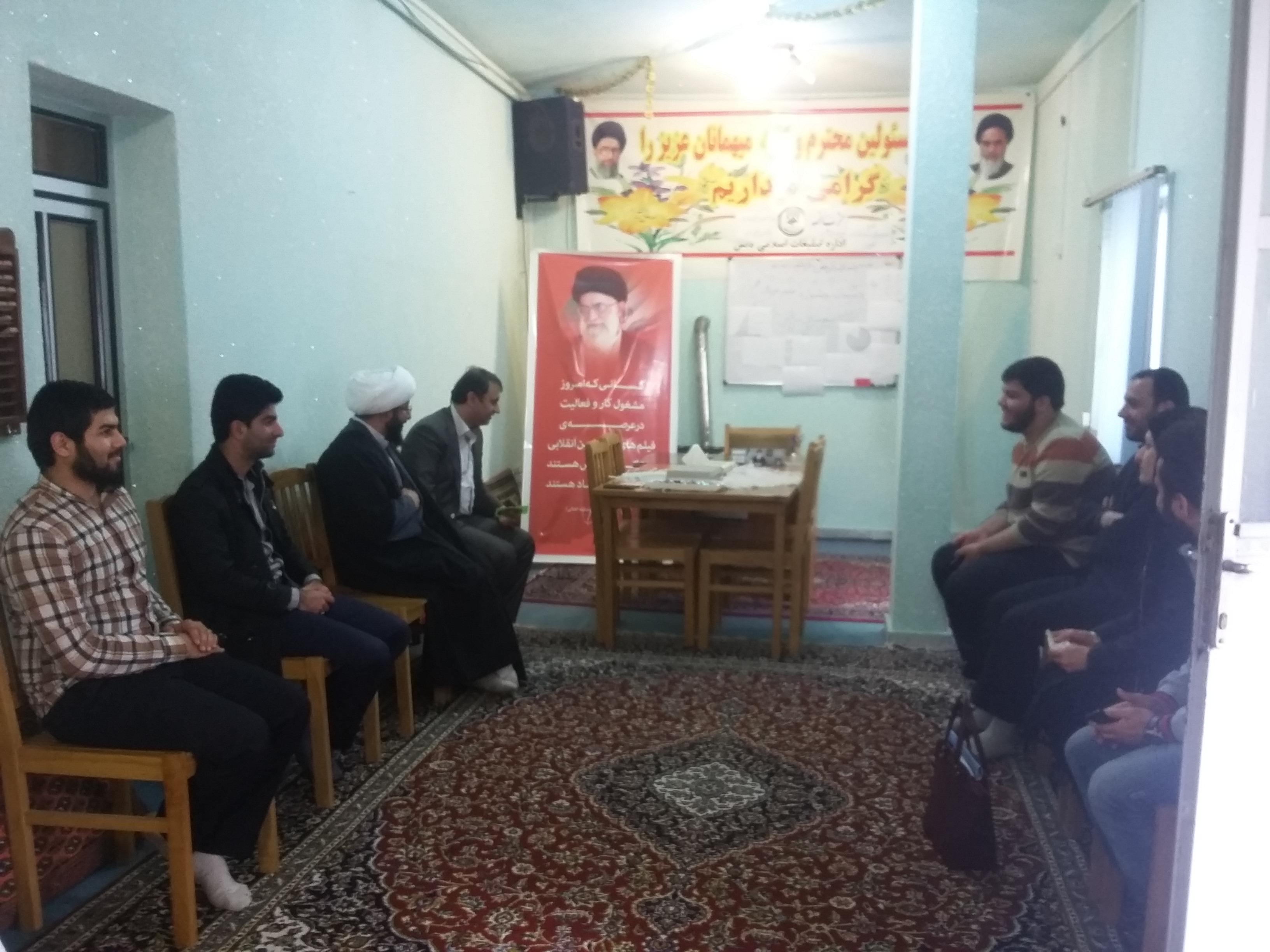 نشست صمیمی فرماندار تالش با دبیران اجرایی عمار