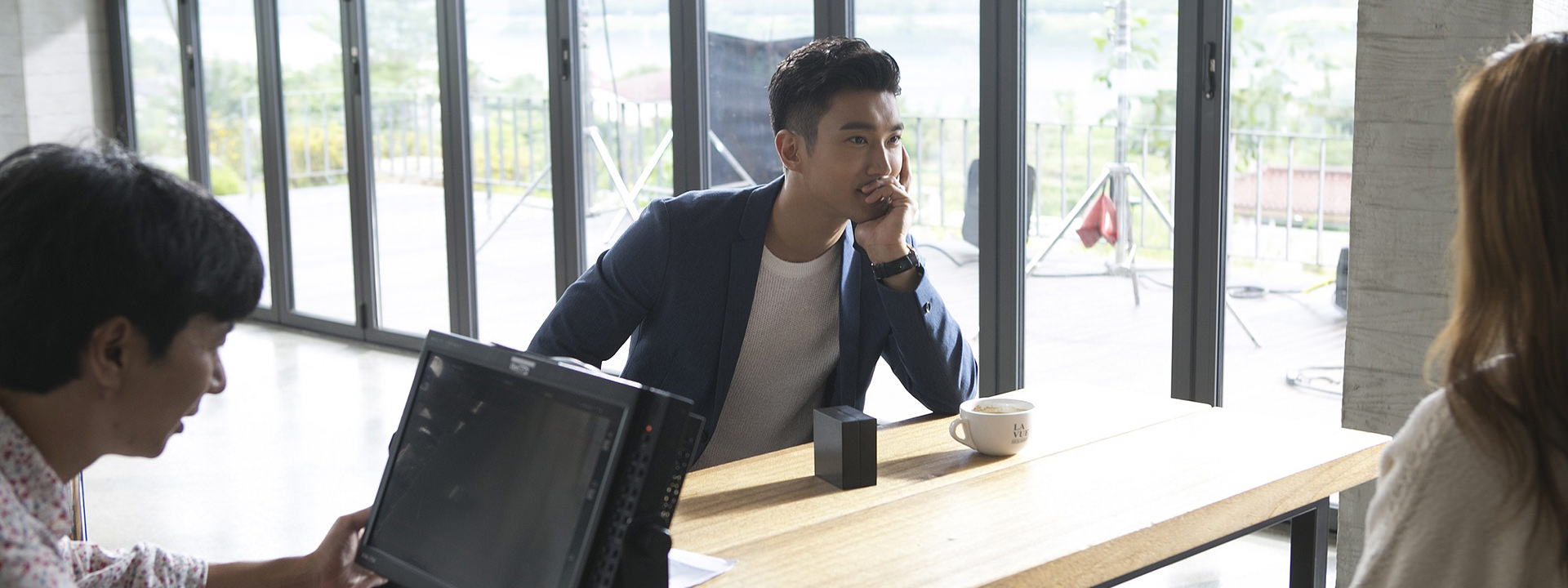 http://s6.picofile.com/file/8237545942/151102_piaget_korea_official_website_update_with_siwon_12.jpg