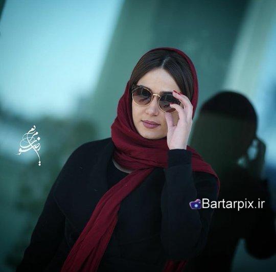 http://s6.picofile.com/file/8237705292/www_bartarpix_ir_parinaz_izadyar_fajr_fastival_34_4_.jpg