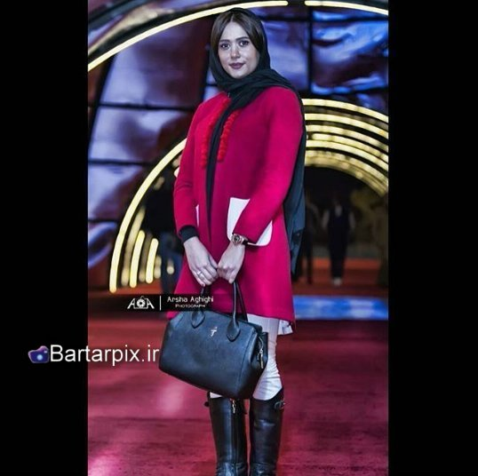 http://s6.picofile.com/file/8237705634/www_bartarpix_ir_parinaz_izadyar_fajr_fastival_34_11_.jpg