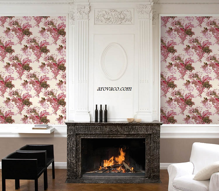 اجرای کاغذ دیواری گلدار