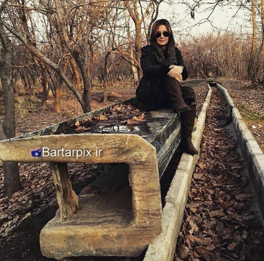 http://s6.picofile.com/file/8238598126/www_bartarpix_ir_golnaz_khalesi_bahman94_2_.jpg