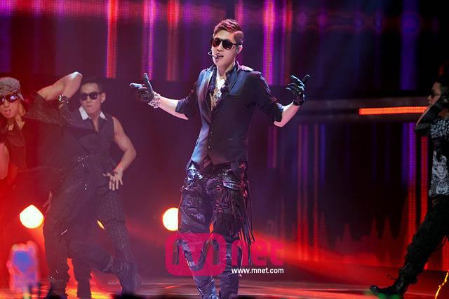 [Video] Kim Hyun Joong M!Count down Break Down+Today Winner [2011.06.16]