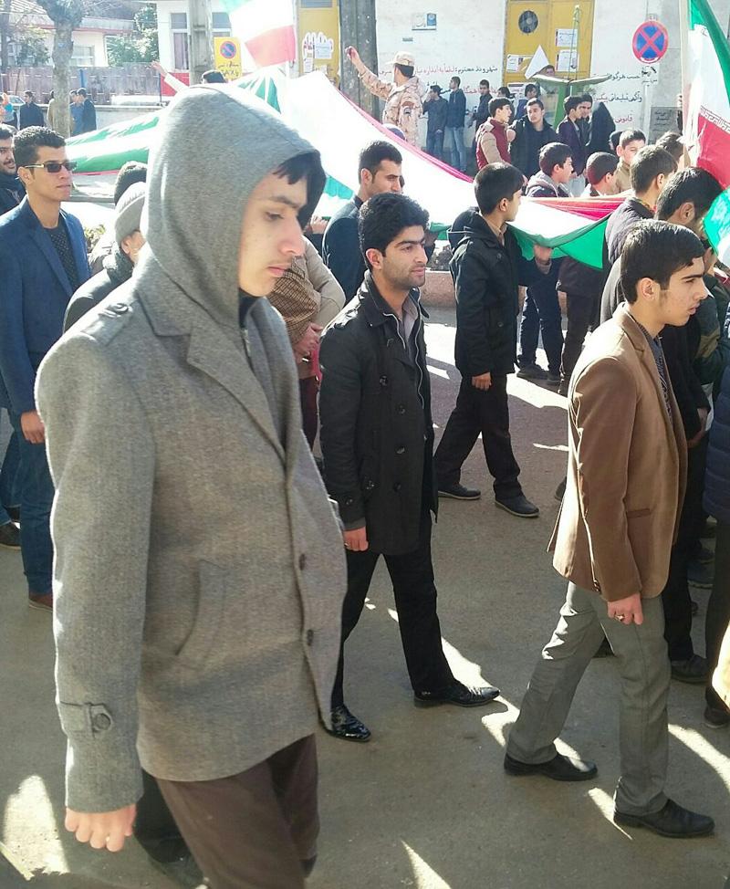 راهپیمایی 22 بهمن در شهر تالش برگزار شد
