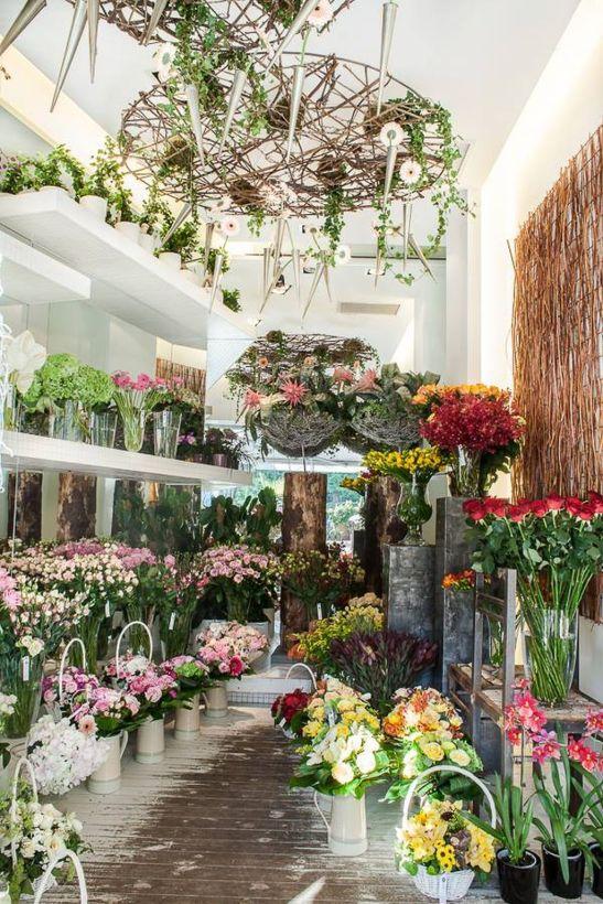طراحی داخلی مغازه گل فروشی