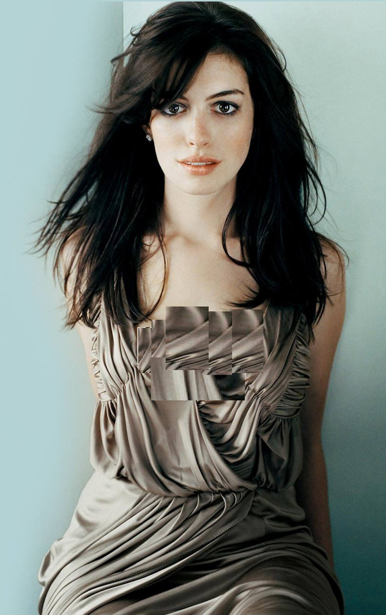 http://s6.picofile.com/file/8240683834/anne_hathaway_646_normal.jpg