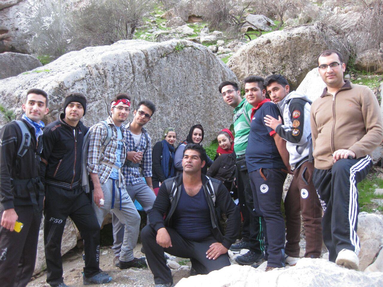 صعود به کوههای بهمن یار