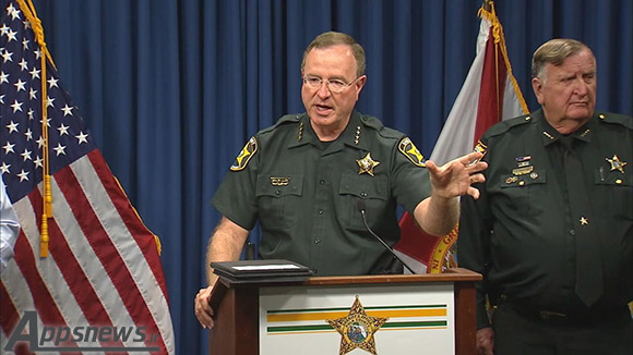 گریدی جاد رئیس پلیس ایالت فلوریدا می خواهد تیم کوک را پشت میله های زندان بیندازد!