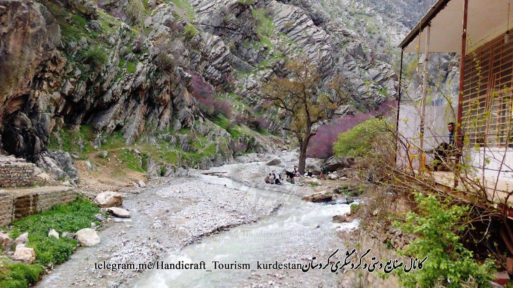 دره مشرف به روستای بلبر