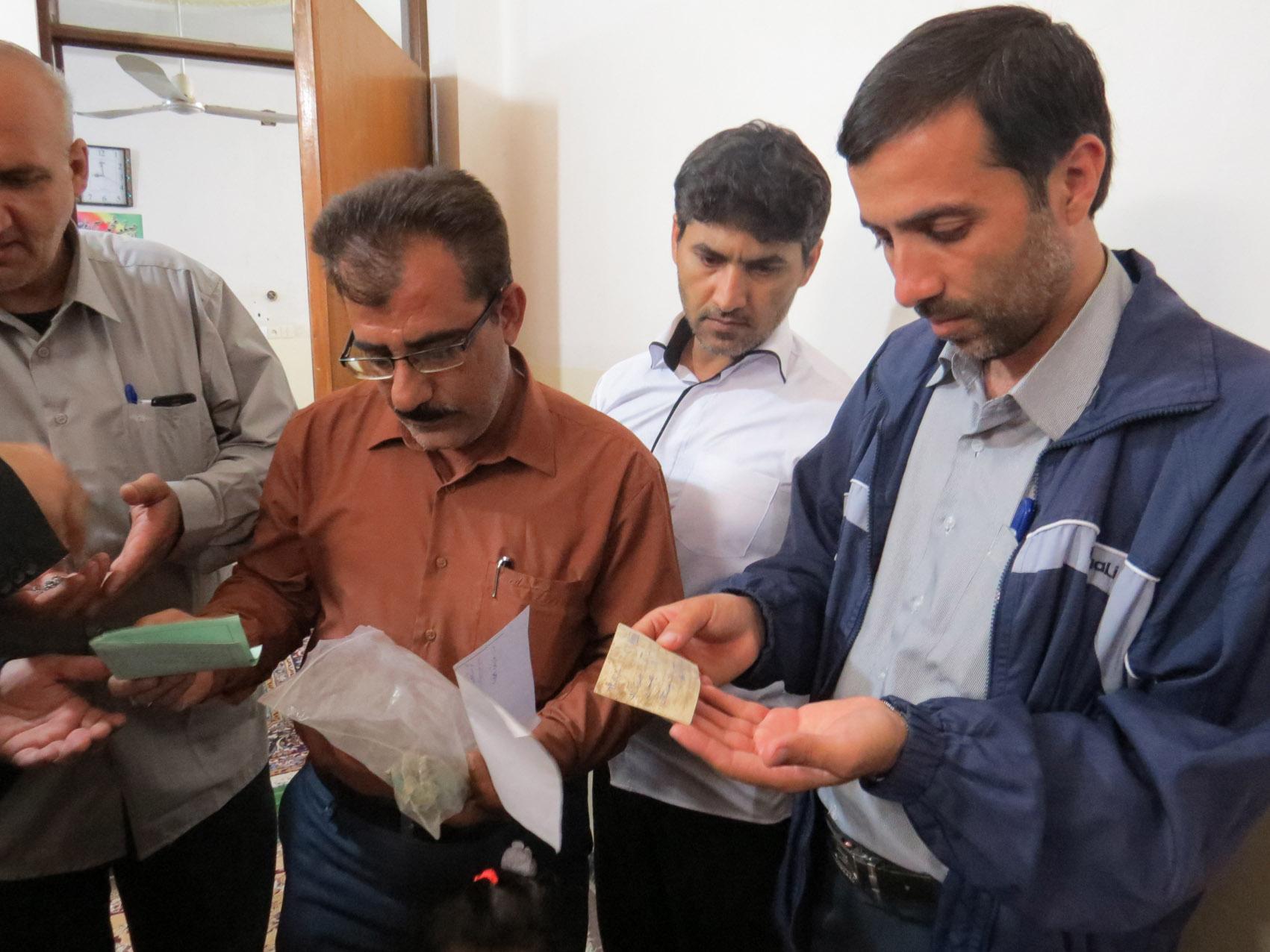 http://s6.picofile.com/file/8245013668/didar_shahid_khani_pn_behbahan_5_.jpg