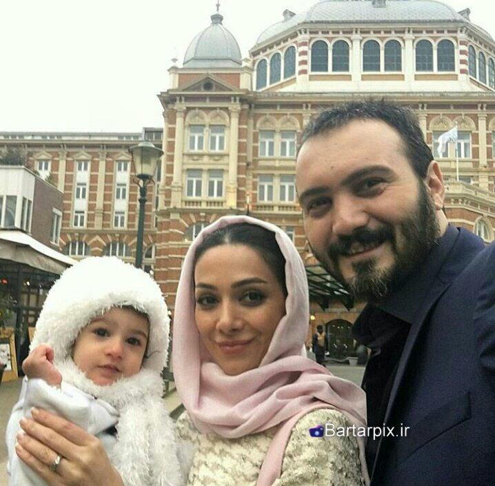 http://s6.picofile.com/file/8245582500/www_bartarpix_ir_honarmandan_va_hamsranesan_sal_95_8_.jpg