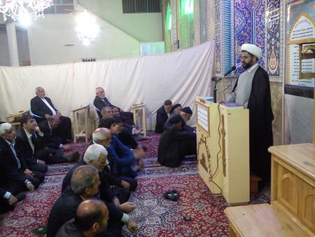 سخنرانی امام جمعه قهدریجان در مسجد شهید بهشتی
