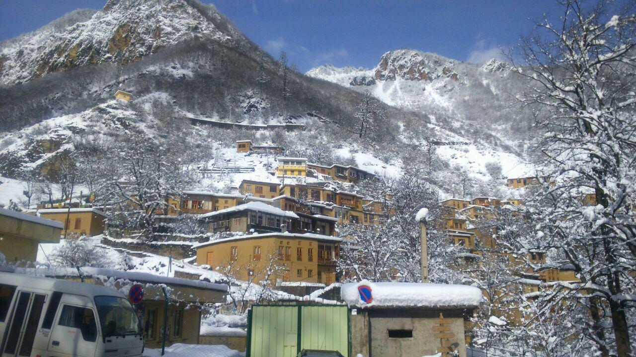 تصویری فوق العاده زیبا از برف ماسوله