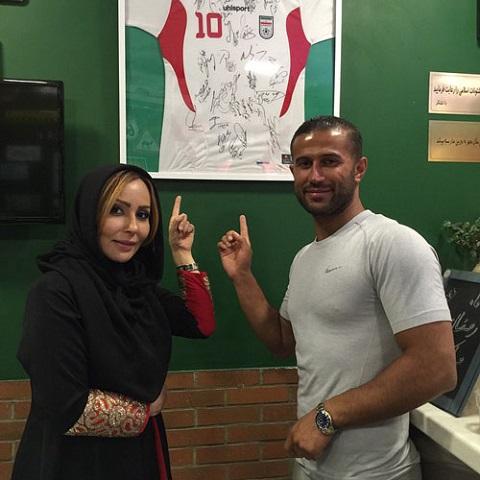 عکس مهرداد اولادی فوتبالیست و پرستو صالحس