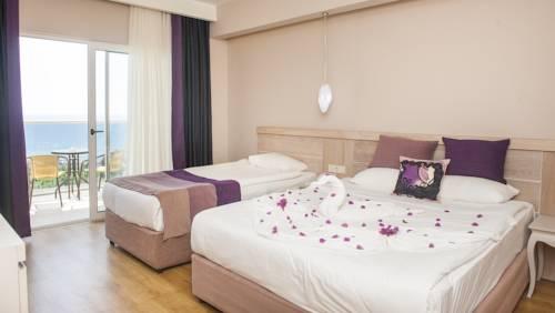 تور آنتالیا با هتل سی پلنت آنتالیا