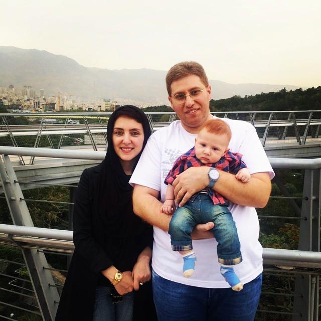 مهسا کرامتی و همسرش راما قویدل و فرزندش