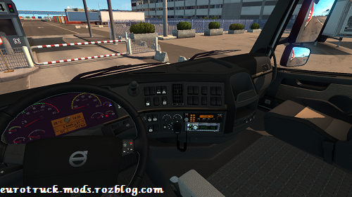 http://s6.picofile.com/file/8250471434/ets2_00007.png