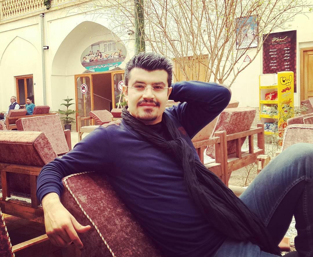 پیمان طالبی مجری برنامه مردم چی میگن