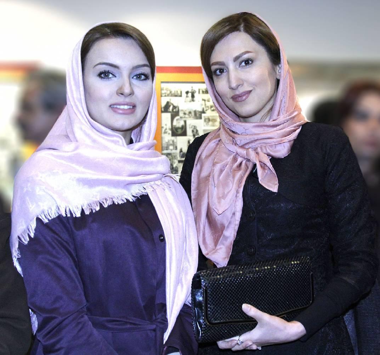 عکس شخصی نیلوفر پارسا با سمیرا حسینی
