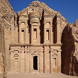 معرفی شهر تاریخی و باستانی پترا