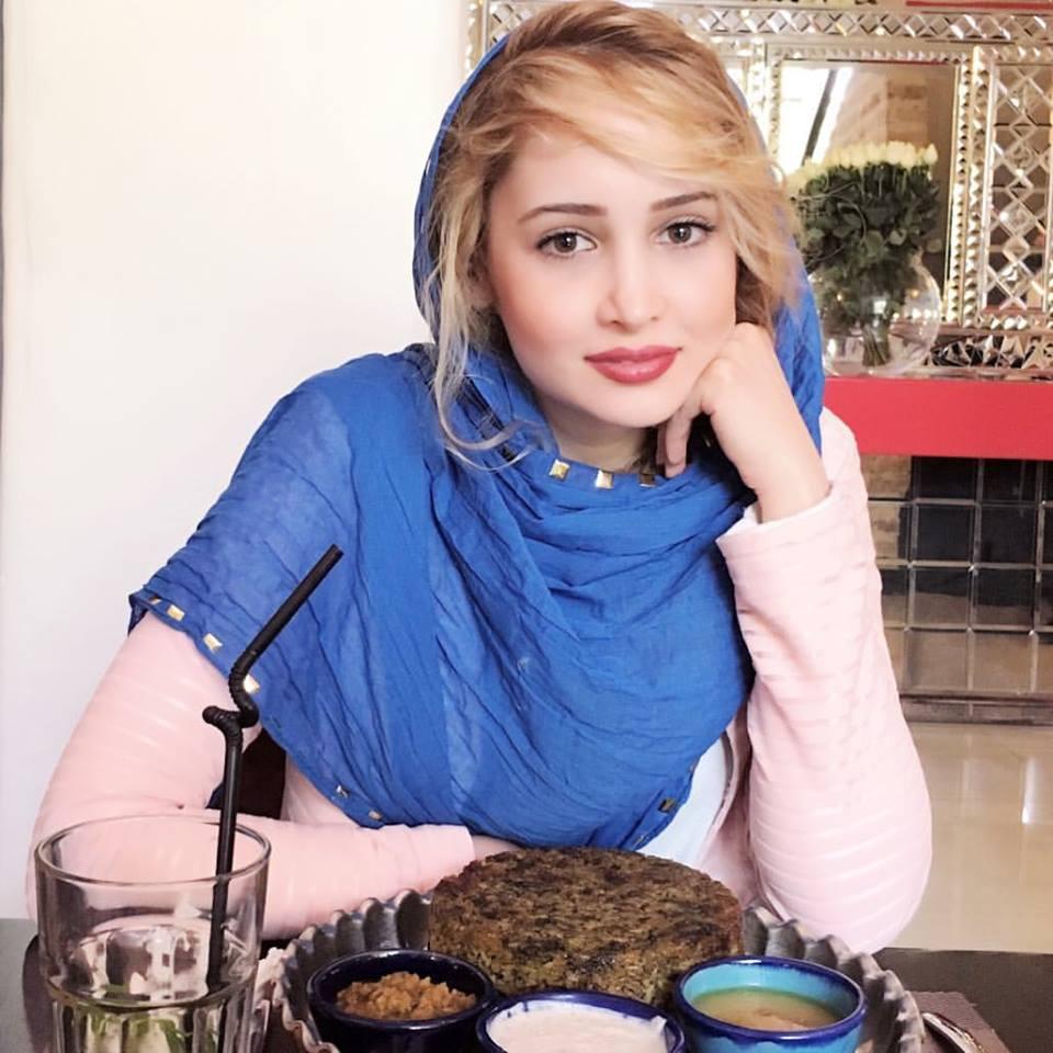 عکس شخصی غزال وکیلی