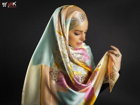 روسری ابریشمی رنگارنگ