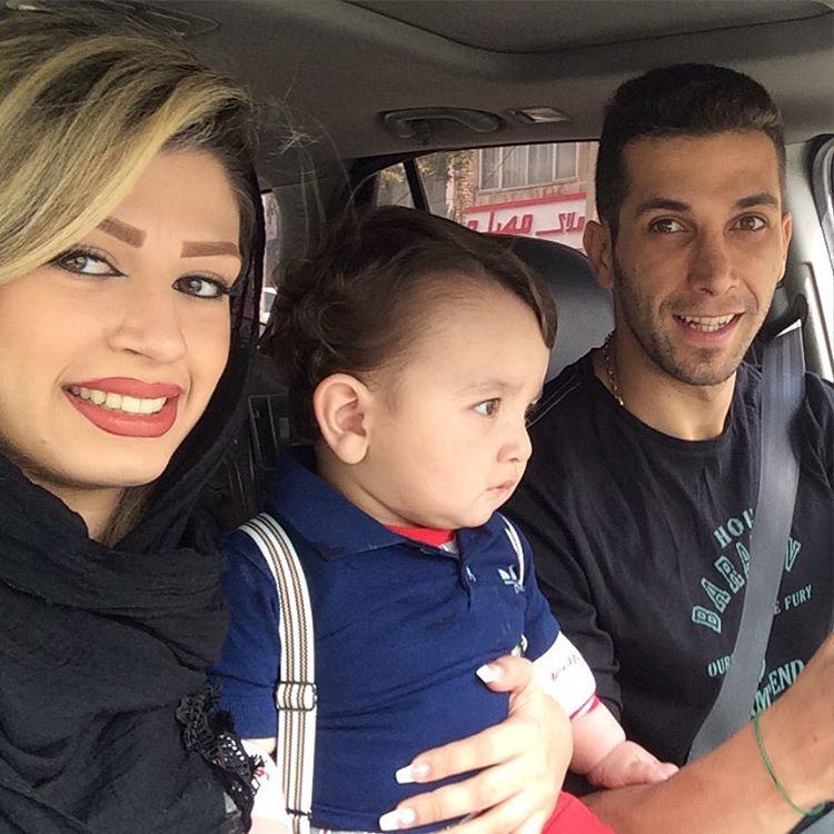 آریمن تشکری و همسر و فرزندش