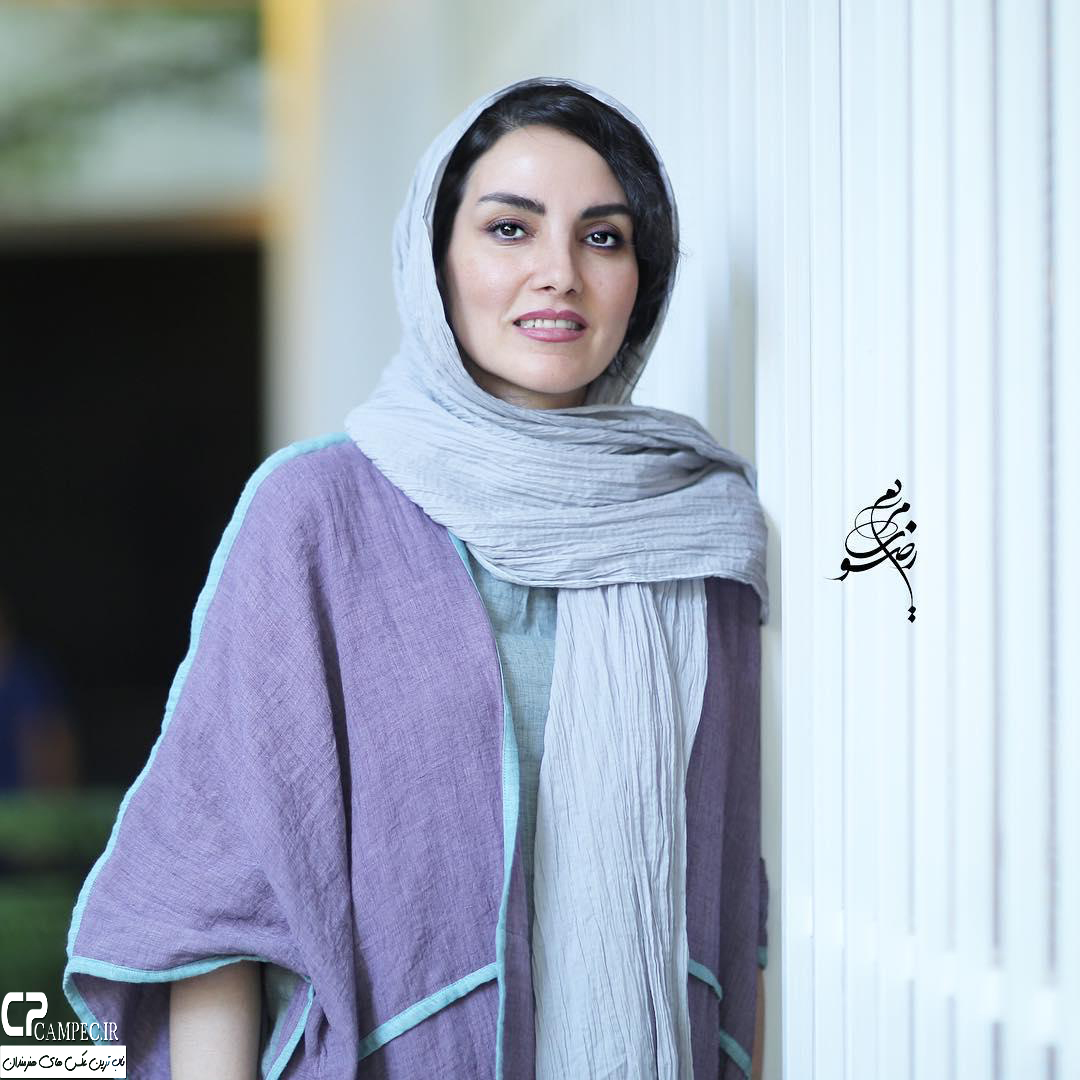 مرجان شیر محمدی در نمایشگاه زن و زمین