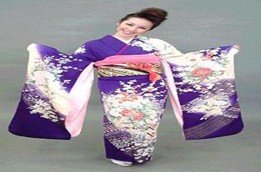 کیمونوی ژاپنی