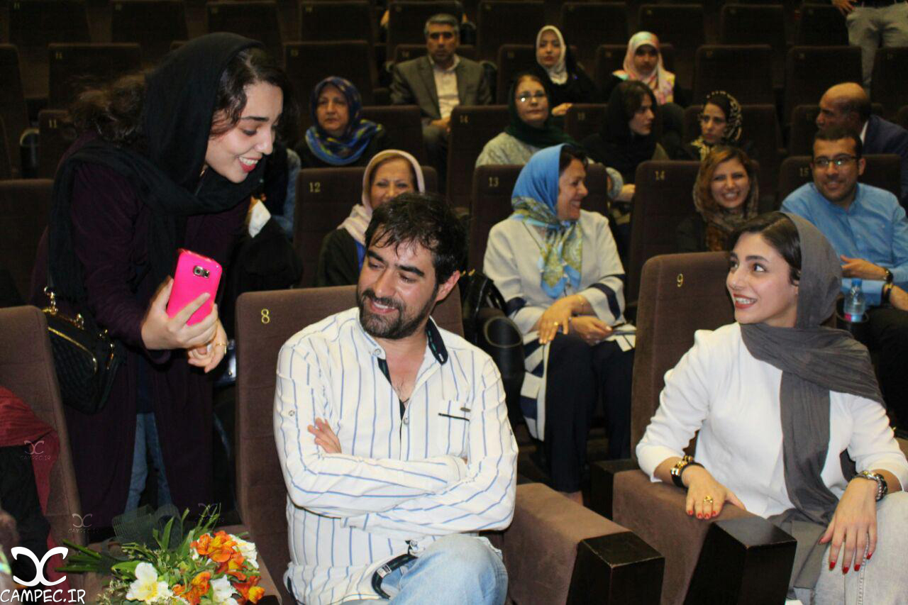 شهاب حسینی و هستی مهدوی در مراسم گلریزان فیلم چهارشنبه