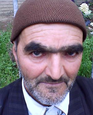 سبحان عبداللهی نویسنده کتاب بالاتر از مجنون+بیوگرافی و دانلود کتاب