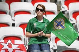 مرگ هوادار ایرلند شمالی در حالت مستی , اخبار ورزشی