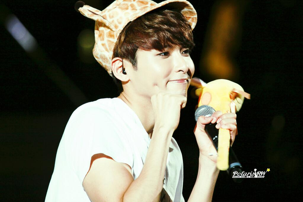 http://s6.picofile.com/file/8256892100/131130_ryeowook2.jpg