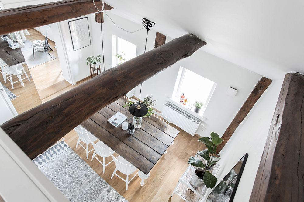 تیرک چوبی در سقف