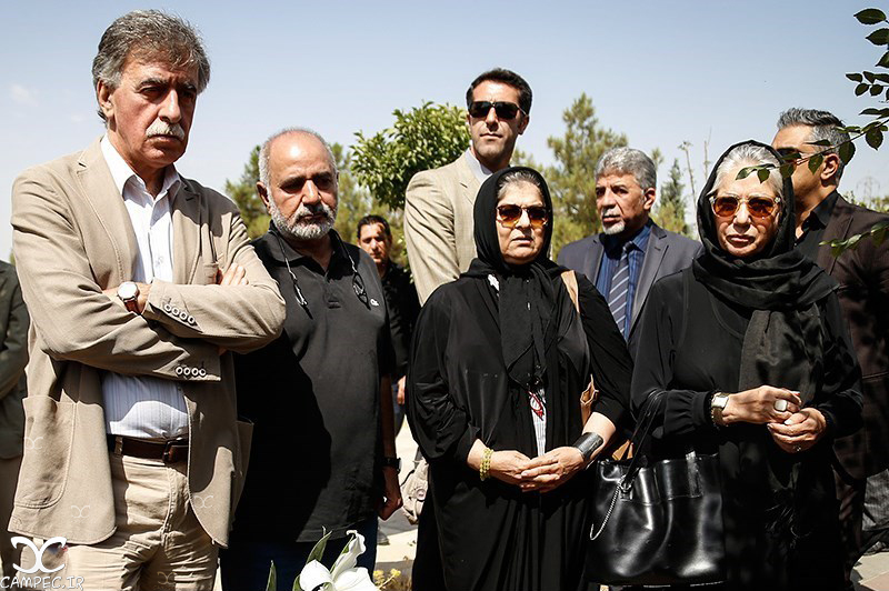 عکسهای مراسم تشییع پیکر بهمن زرین پور , عکس بازیگران
