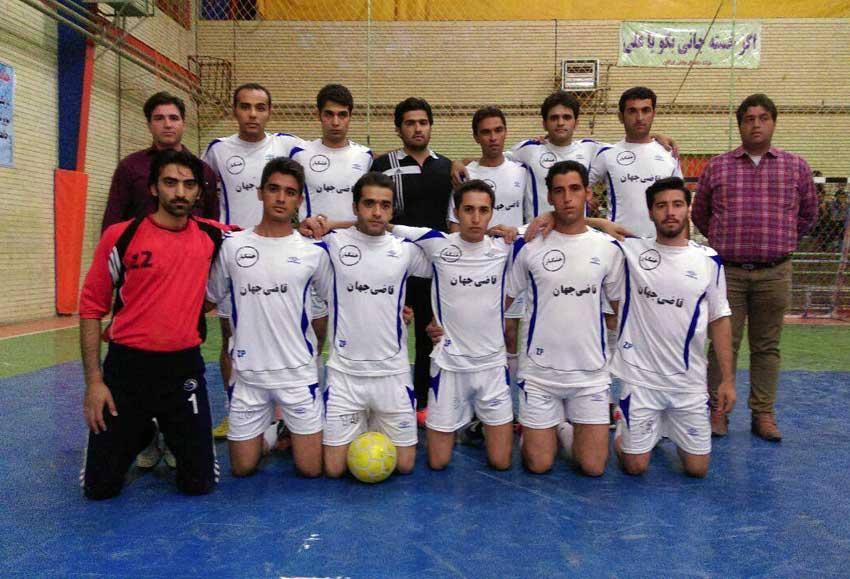 تیم فوتسال خشکبار قاضیجهان که در مسابقات جام رمضان گوگان در سال94 نایب قهرمان شد