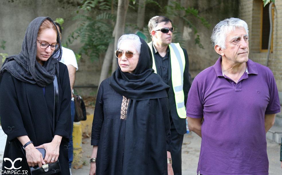 بازیگران در مراسم یادبود عباس کیارستمی